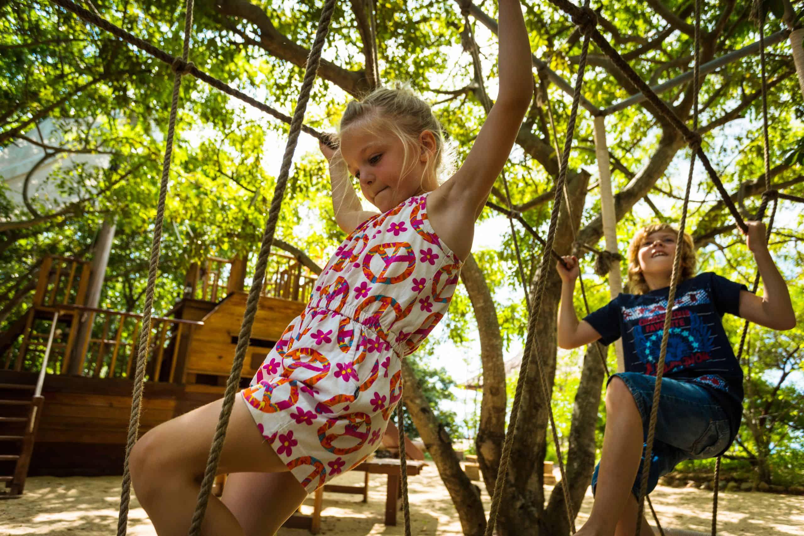 khu vui chơi ngoài trời dành cho trẻ em tại six senses ninh van bay